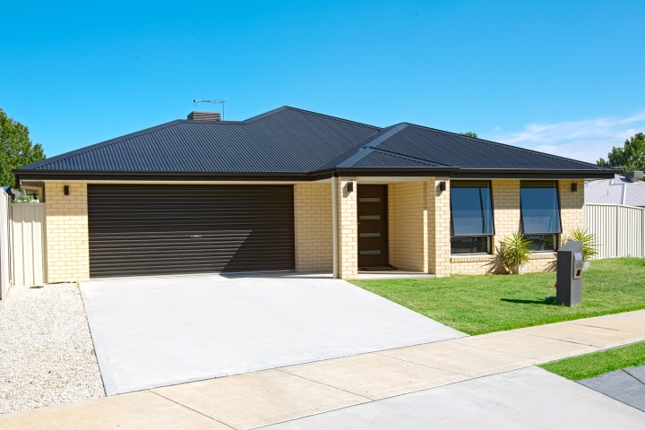 New Build Whenby Grange Wodonga Front